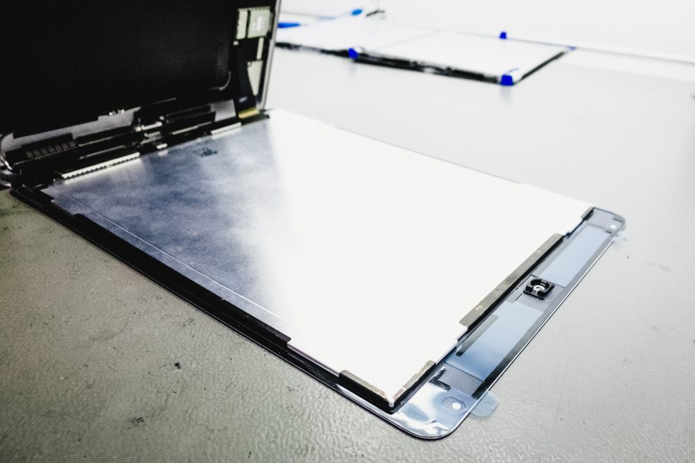 iPad Air 2 gyári ragasztása