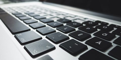 Retina MacBook Pro billentyűzet-magyarítás