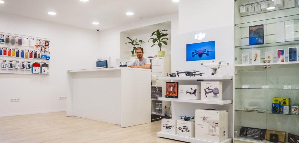 drón bolt, drón vásárlás, dji drón, drón szerviz, APPSolute drón szerviz, drón vásárlás előtt, dji drón, dji drónok, mavic pro vásárlás előtt, dji phantom vásárlás előtt, drónok harca, drónvásárlás, értékesítő munkatársat keresünk, eladó munkatárs, eladói állás appsolute