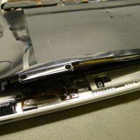 A MacBook AIr alsó fedlapját felfeszítette az akkumulátor