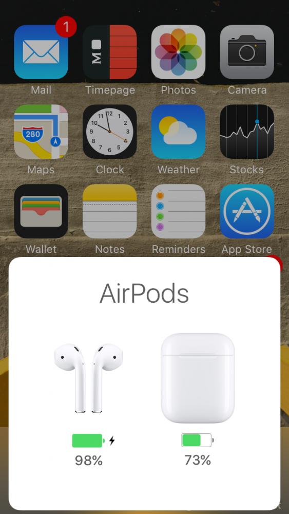 Akkumulátorszintek, akku töltöttség kijelzése airpods-on, Apple Airpods fülhallgató teszt, Airpods teszt, vezeték nélküli fülhallgató teszt