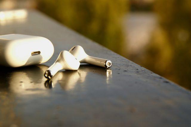 Tok nélkül ne hagyjuk sose – Apple Airpods fülhallgató teszt, Airpods teszt, vezeték nélküli fülhallgató teszt