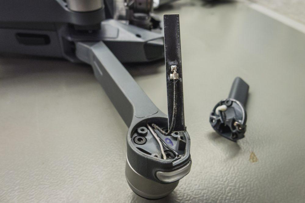 A Mavic Pro első karjaiban antenna is rejtőzik