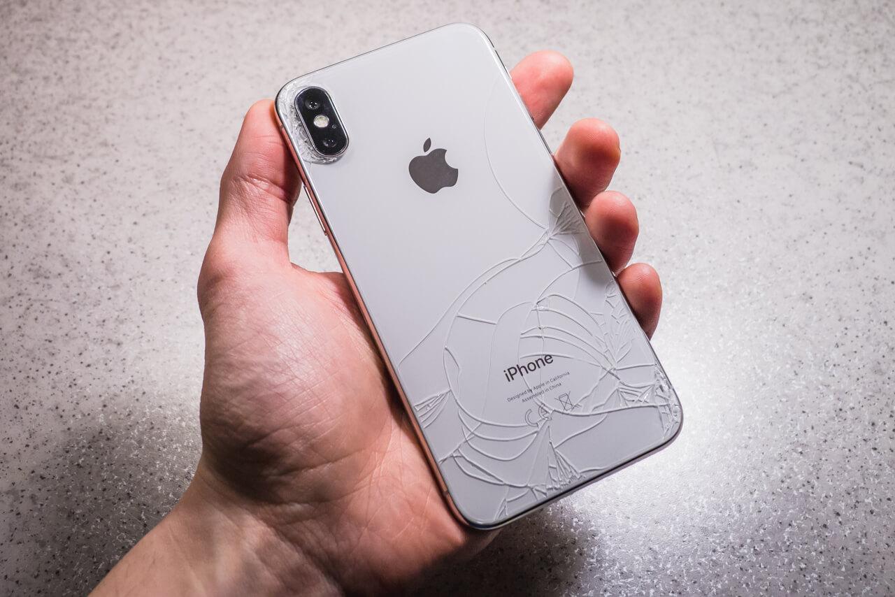 iPhone X törött hátlapja, hátlapcsere, törött iPhone hátlap cseréje