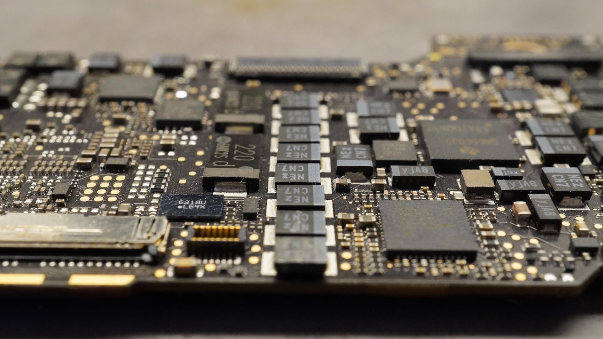 MacBook processzorhiba - filézve, kivesézve