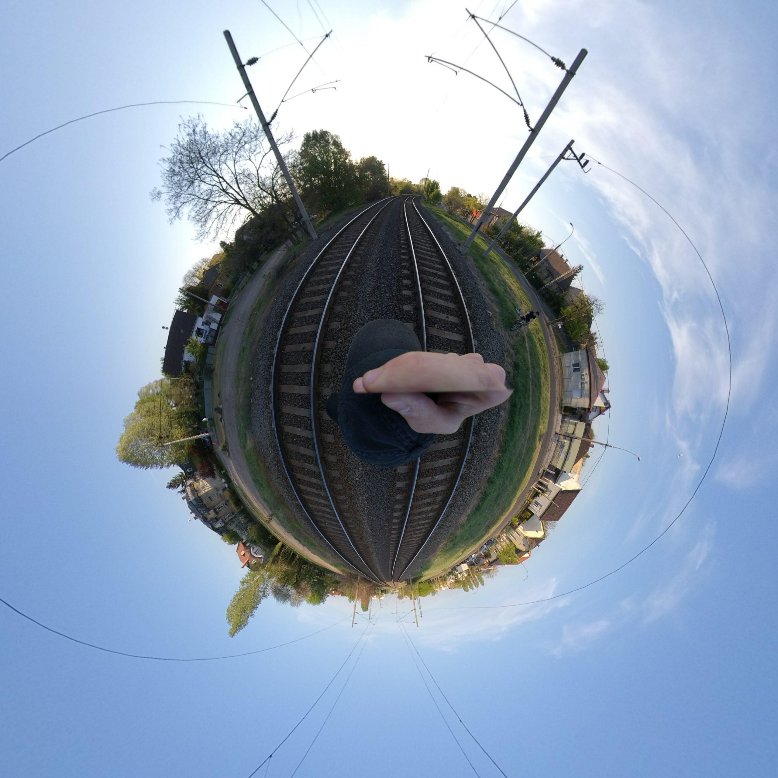 Gömbpanoráma fénykép vasút témára